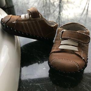 Pediped, 0-6 months, soft sole, brown, super cute!